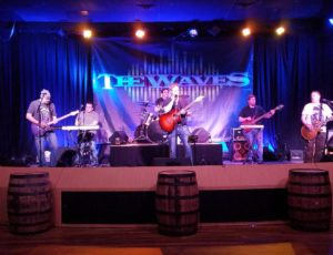 The Waves Return To Toby Keith's